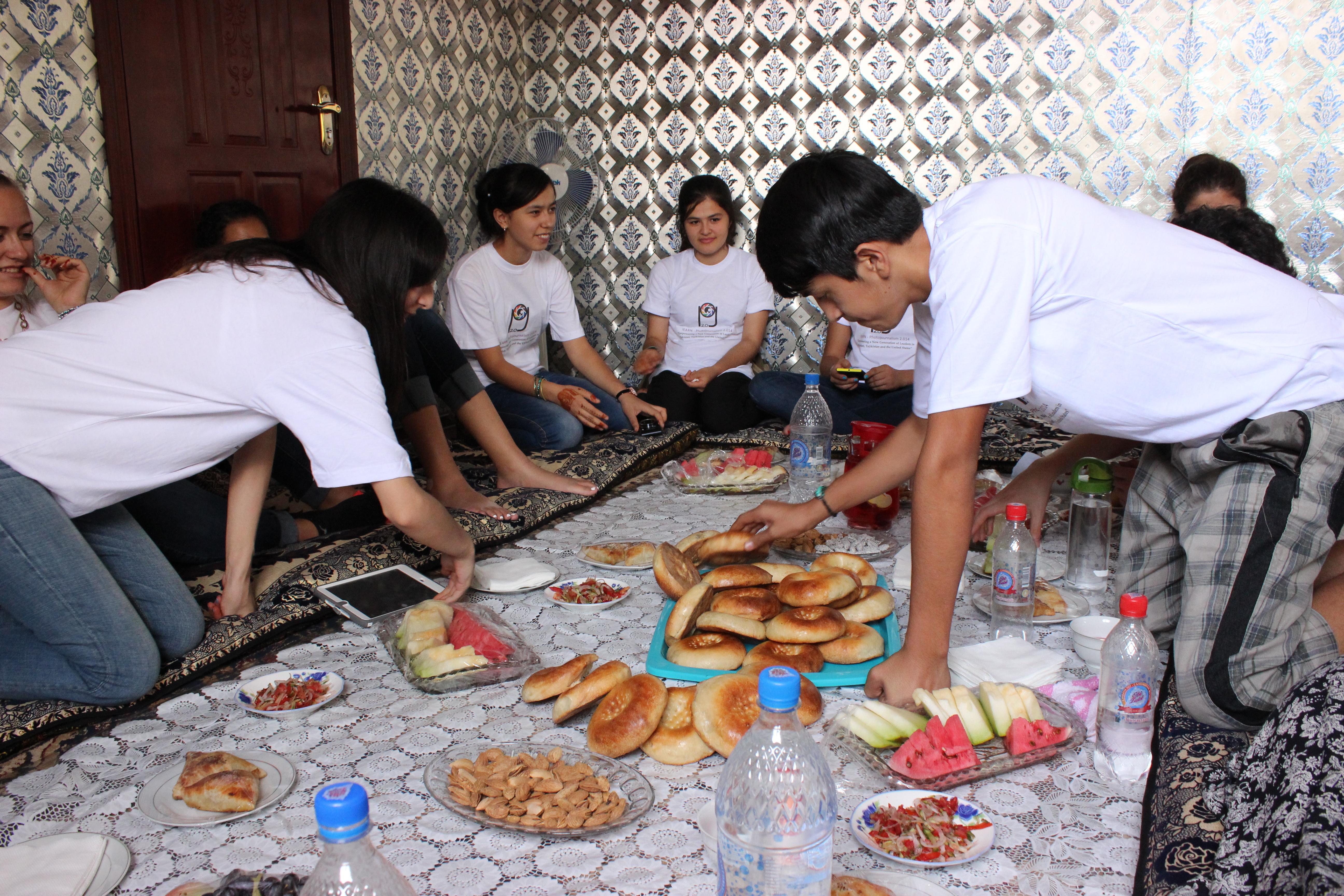 Photjournalism 2 014 Tajikistan Tradition Tajik Meal